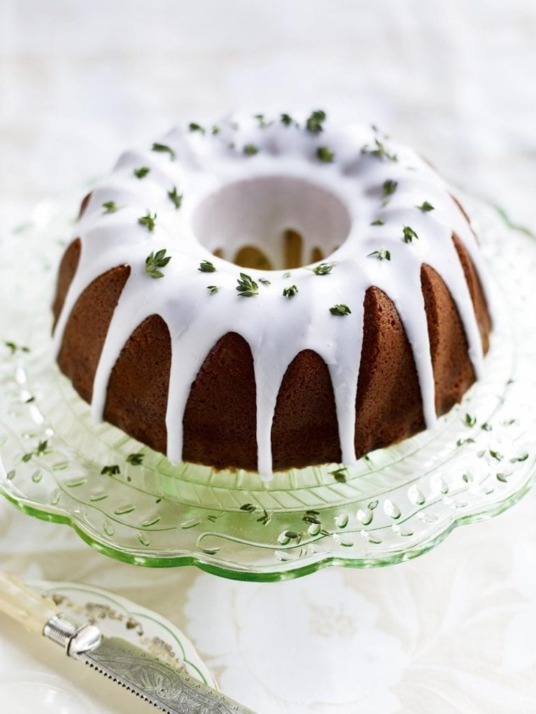 How to grease a bundt tin… The right way