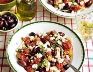 Cretan dakos salad