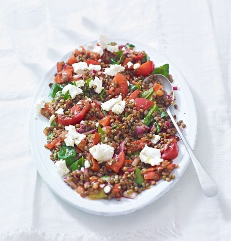 Lentil, tomato and goat's cheese salad