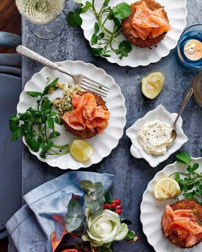 Lemon risotto cakes with smoked salmon and horseradish cream
