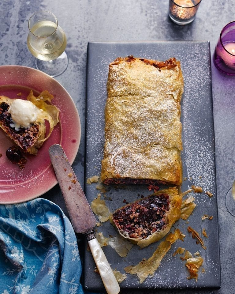 Cherry strudel with hazelnut milk ice cream