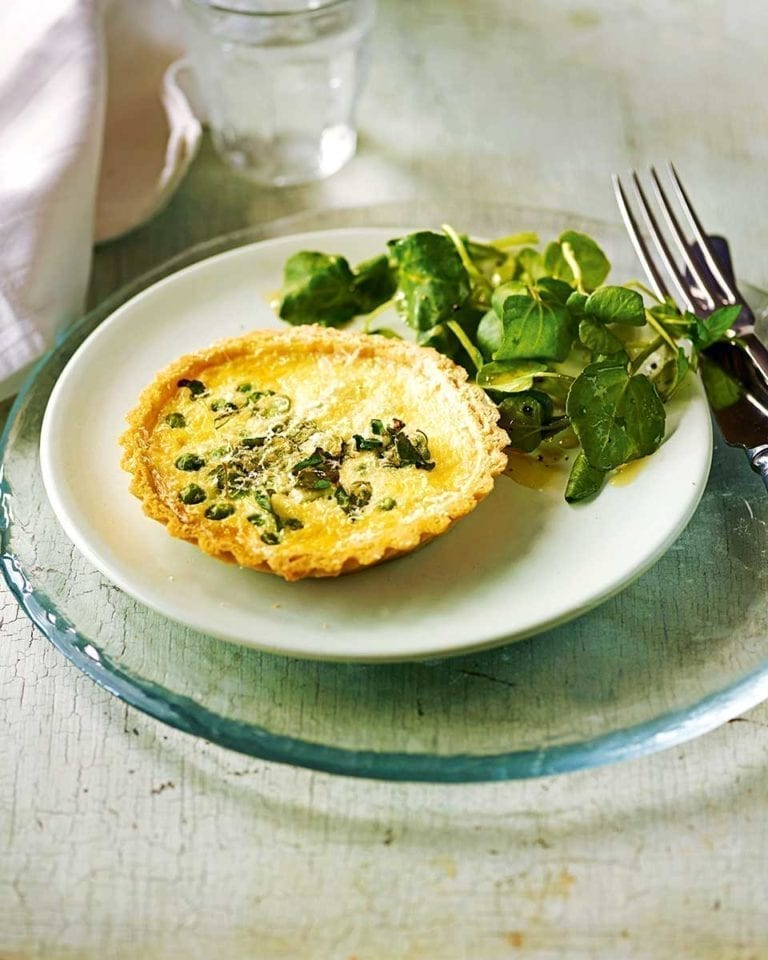 Pesto, pea and watercress tartlets