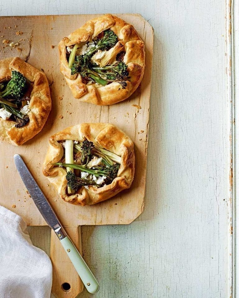 Tenderstem and spring onion galettes with goat's cheese