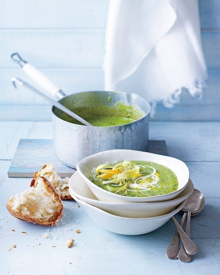 Pea, courgette and parmesan cheese soup