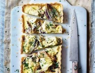 Radicchio and artichoke tart