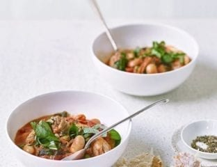 Chicken, butter bean, spinach and pea one-pot