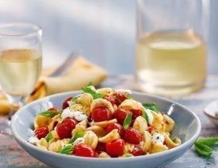 Orecchiette with burrata, tomatoes and garlic