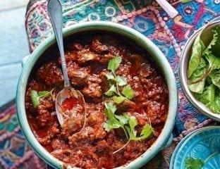 Zigni berbere (spicy chicken stew)