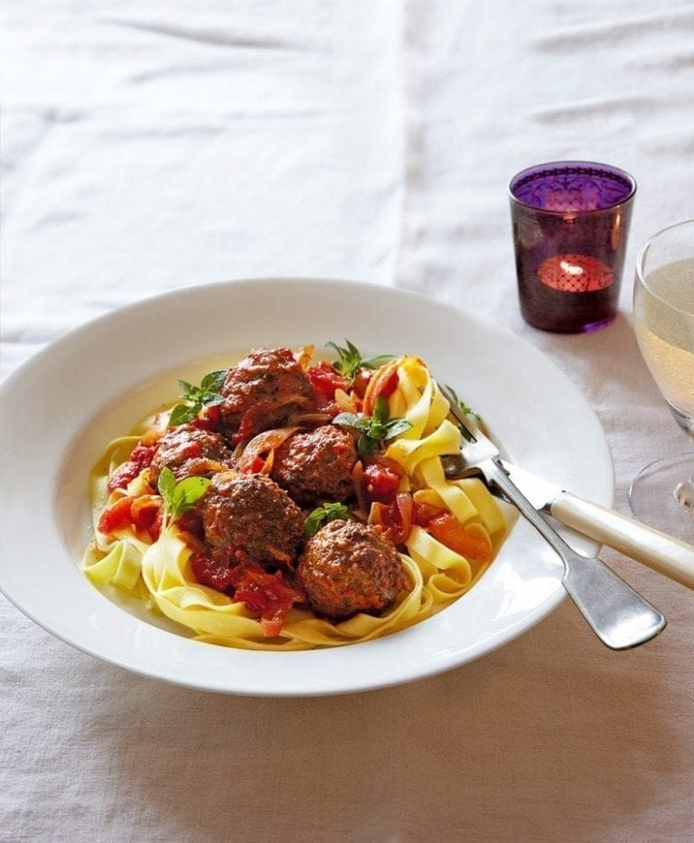 Beef meatballs with tagliatelle