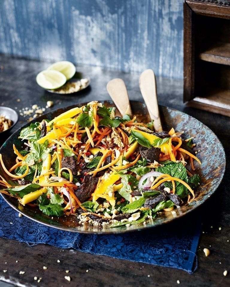 Vietnamese spicy beef and mango salad