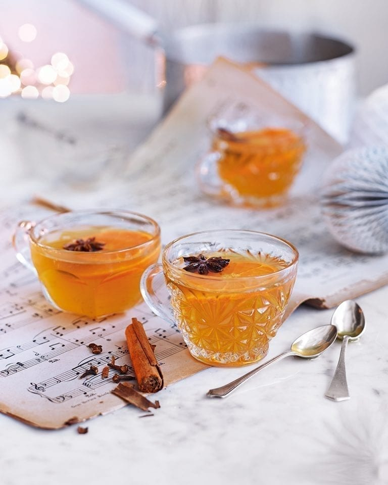 Mulled pear cider