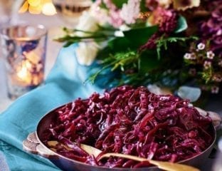 Red cabbage in pomegranate juice
