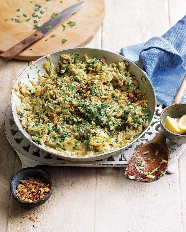 Gorgonzola, leek and walnut orzotto