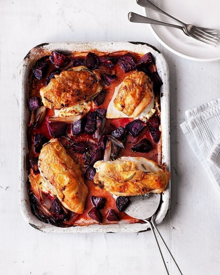 Goat's cheese-stuffed chicken breasts with roasted beetroot