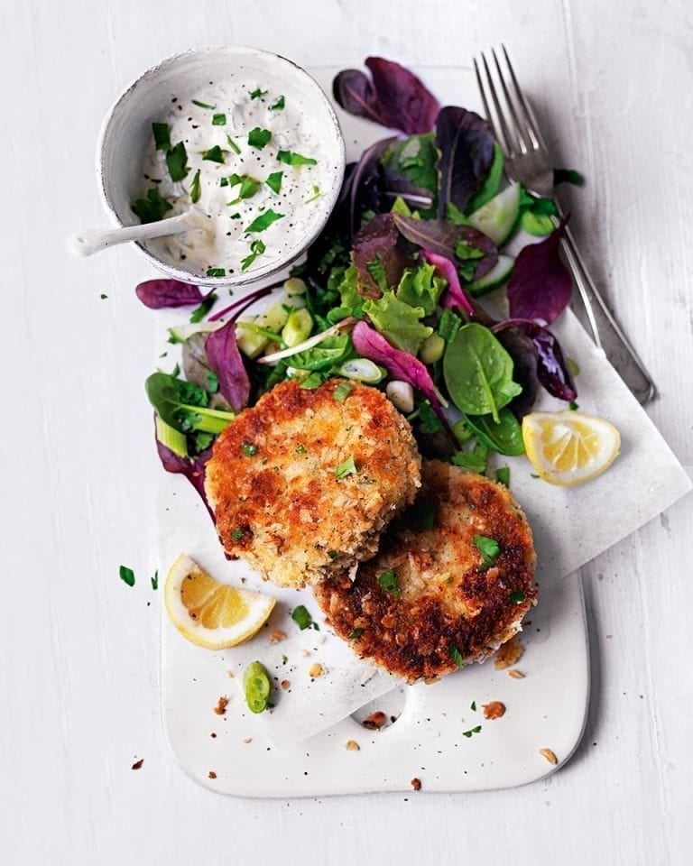 Oat-crusted mackerel and horseradish fishcakes with herby crème fraîche
