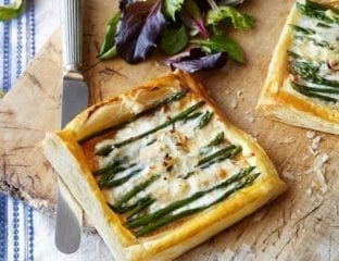 Quick asparagus and taleggio tart