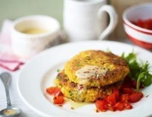 Thai-flavoured chickpea and millet cakes with red pepper sauce