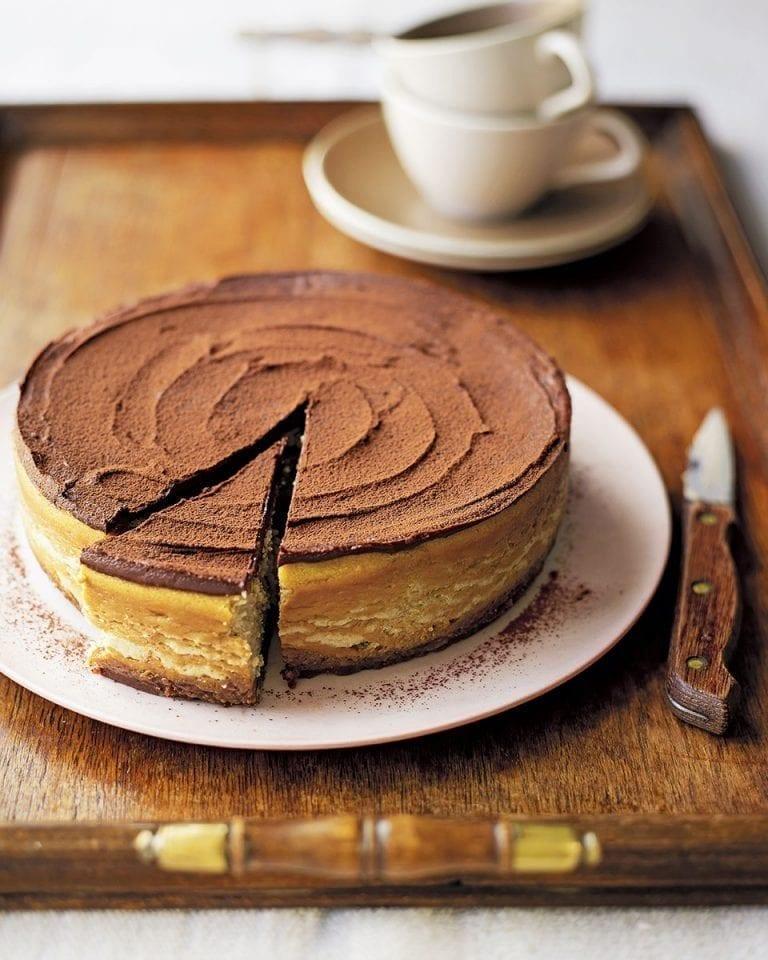 Chocolate coffee baked cheesecake