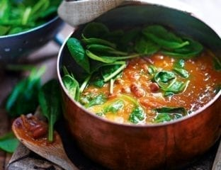 Borlotti bean, tomato and spinach soup