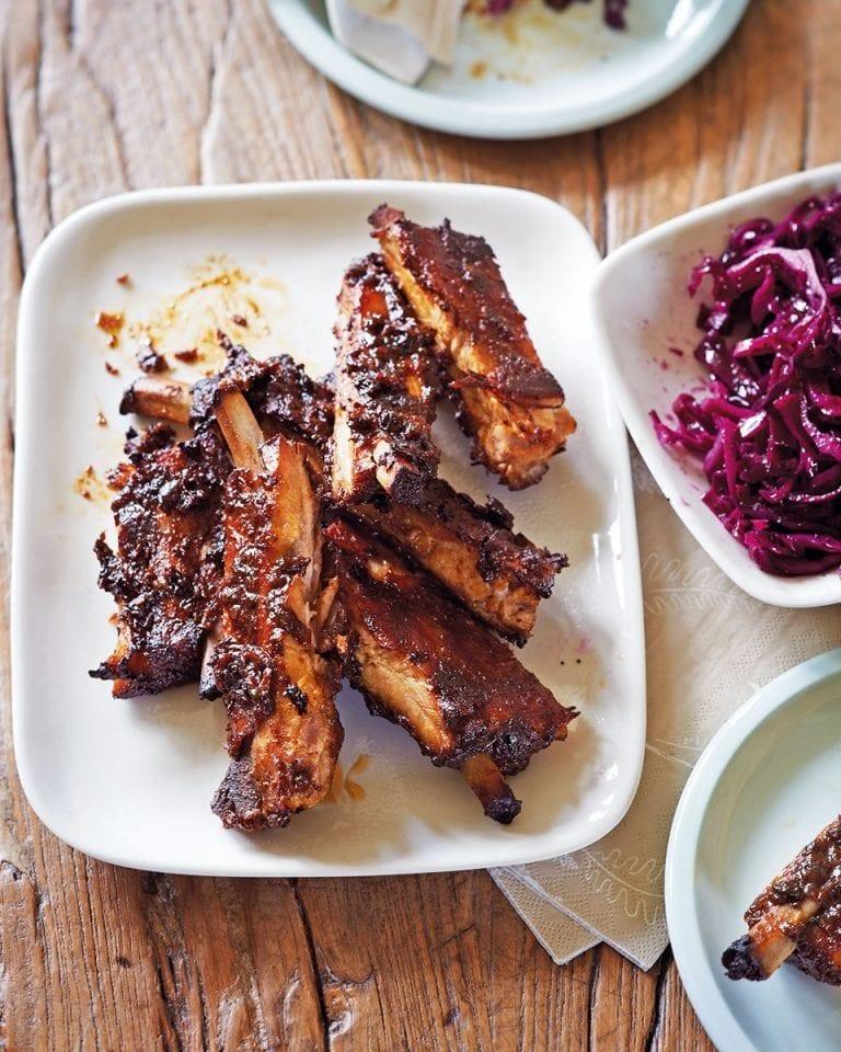 Braised sticky pork ribs