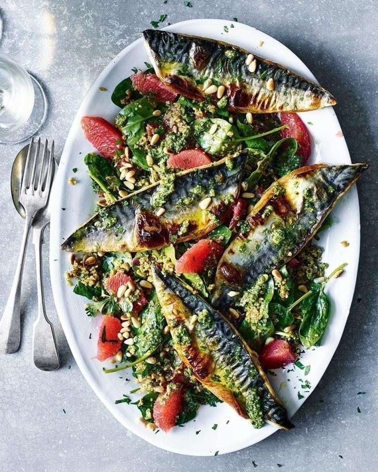 Grilled mackerel, grapefruit and pesto freekeh salad