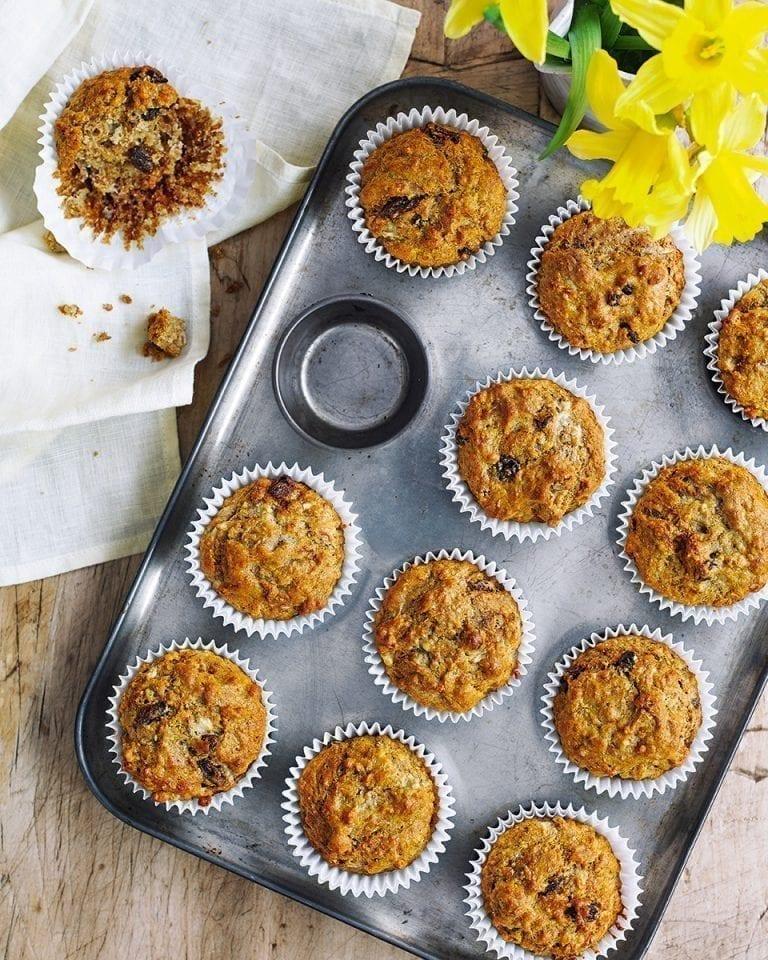 Banana, raisin and honey muffins