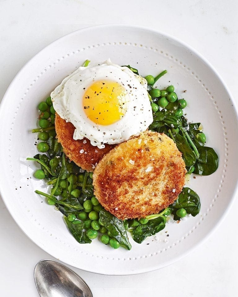 Fishcakes with minty peas and spinach