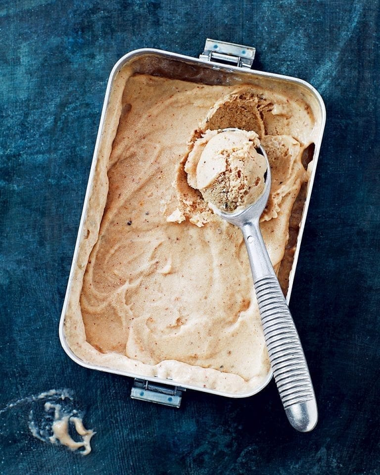 Banana and cardamom 'ice cream'