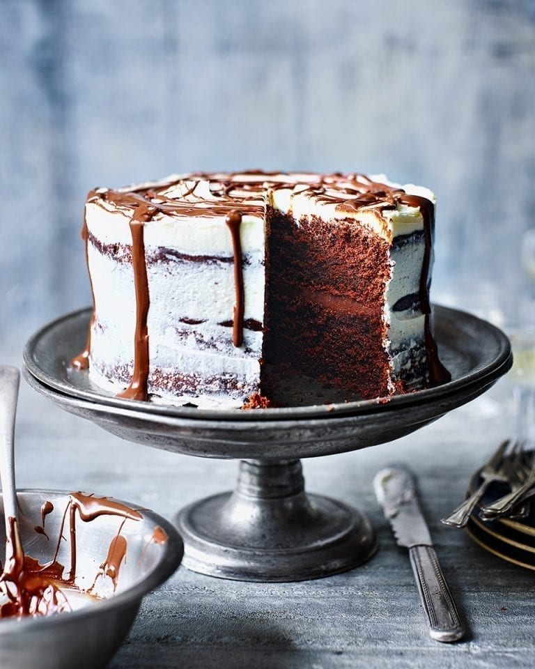 Chocolate soured cream cake