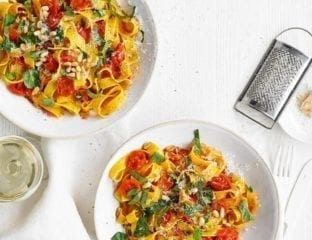 Spicy tomato and basil pasta