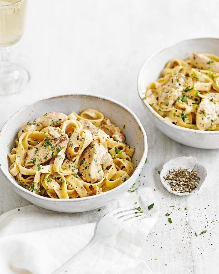 Creamy wine and mustard chicken tagliatelle