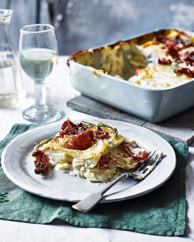 Sun-dried tomato and goat's cheese dauphinois potatoes