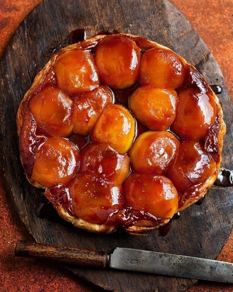 Salted caramel tarte tartin
