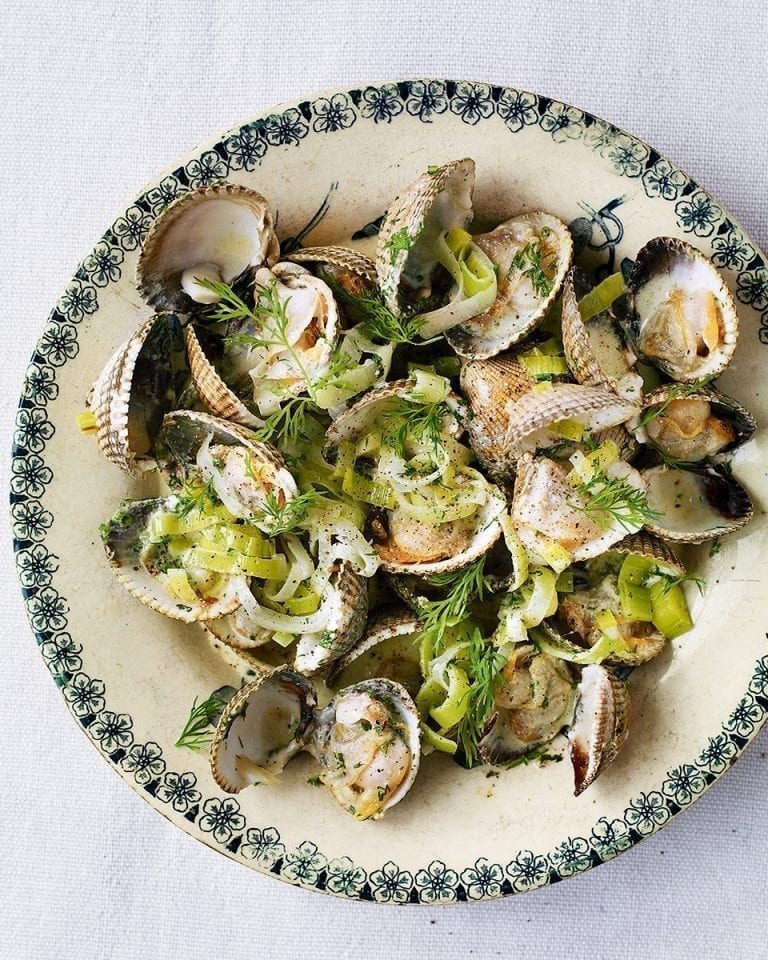 Cockles with leeks, Pernod, dill and cream