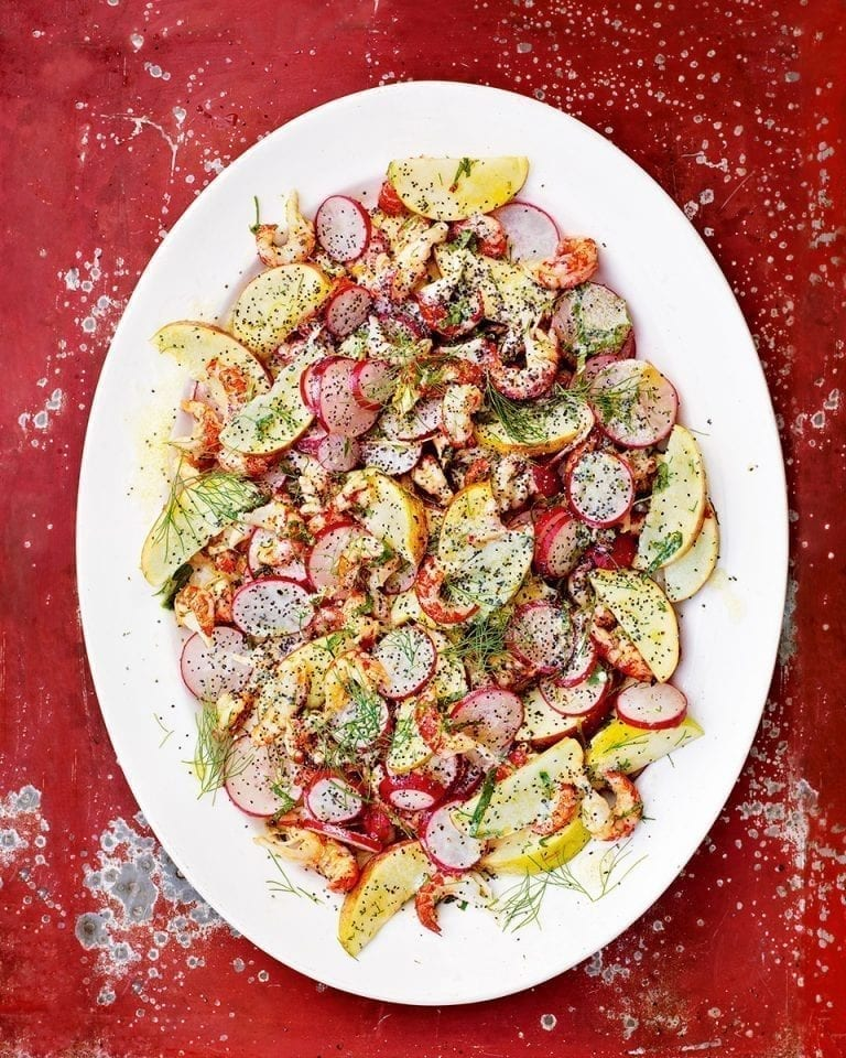 Crayfish salad with radishes, apple and poppy seeds