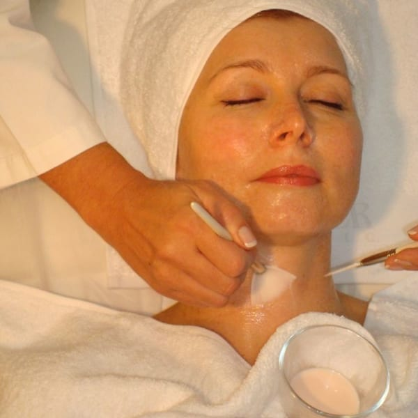 Pamper with champers