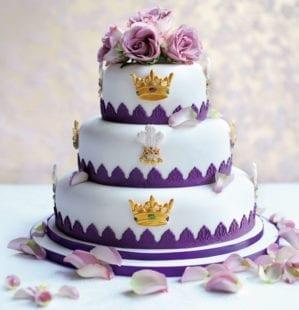 Eric Lanlard's fit for a king cake