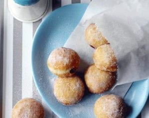 How to make jam doughnuts
