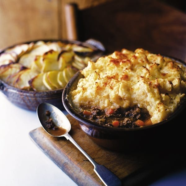 Cottage pie with Cheddar and parsnip mash