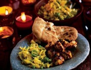 Bund Gobi aur mattar subzi, cabbage and green peas