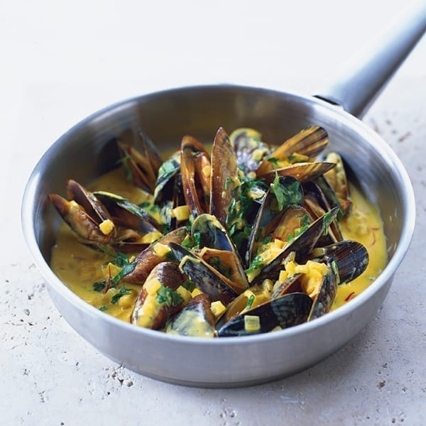 Dairy-free mussels mouclade