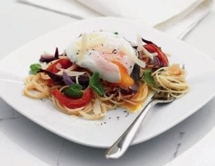 Roasted onion and tomato spaghetti with poached egg