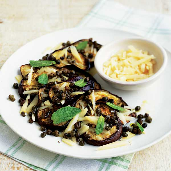 Roasted aubergines with crispy capers