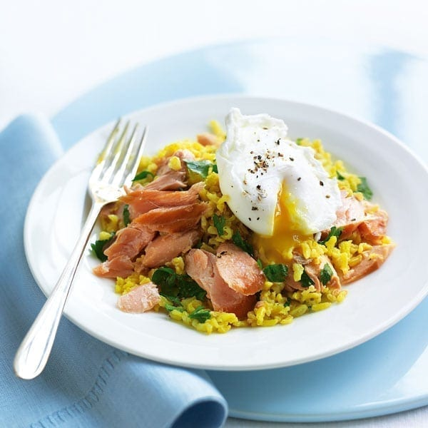Hot smoked salmon kedgeree with poached eggs