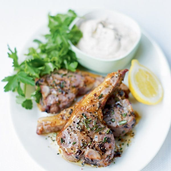 Grilled lamb and houmous