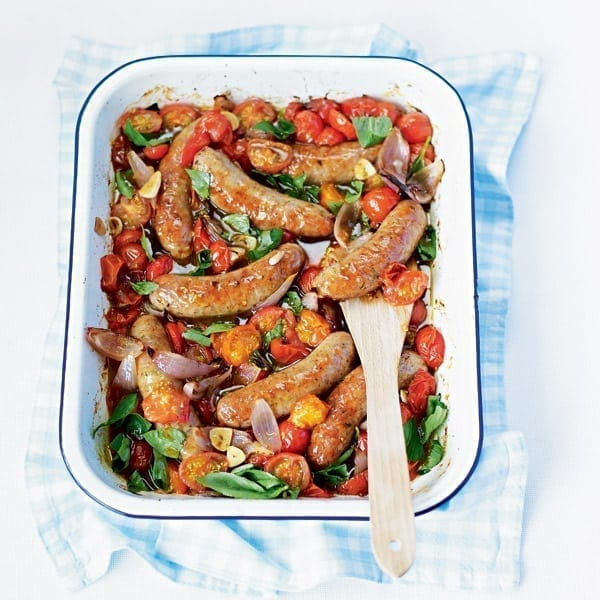 Oven-baked sausages and balsamic tomatoes