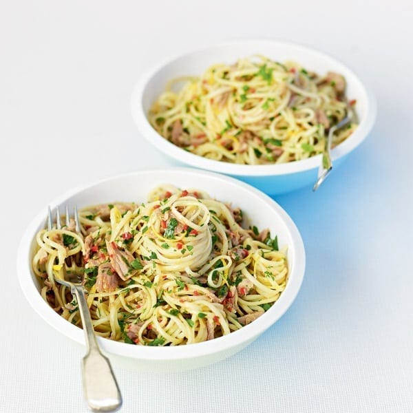 Tuna chilli linguine