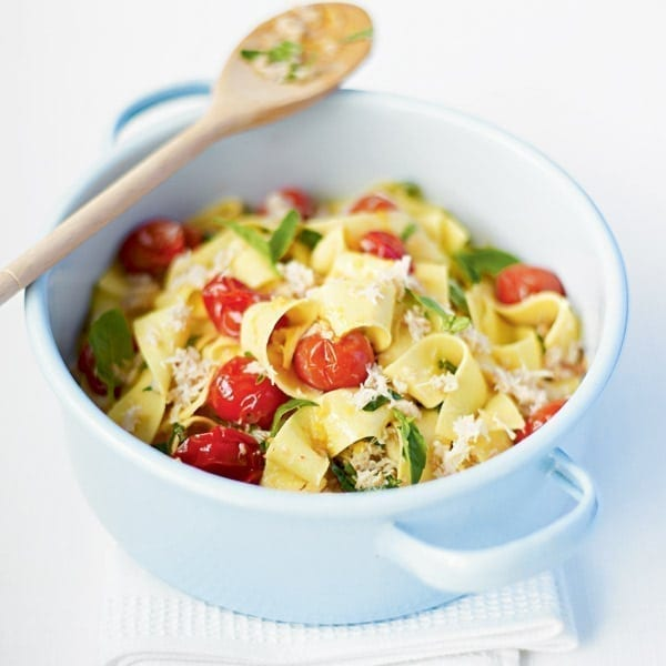 Crab and cherry tomato pasta with basil and lemon