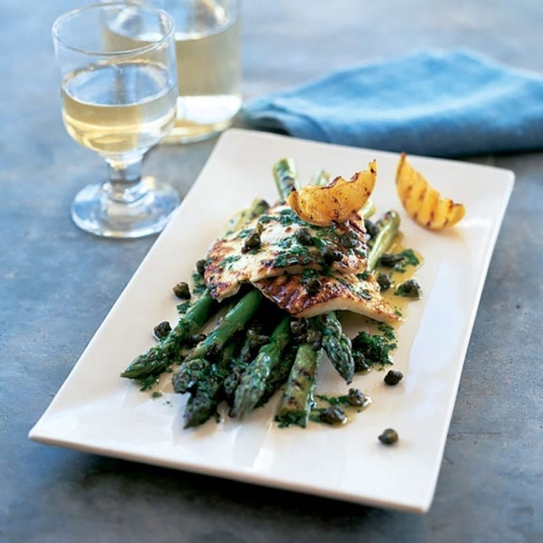 Chargrilled asparagus and halloumi