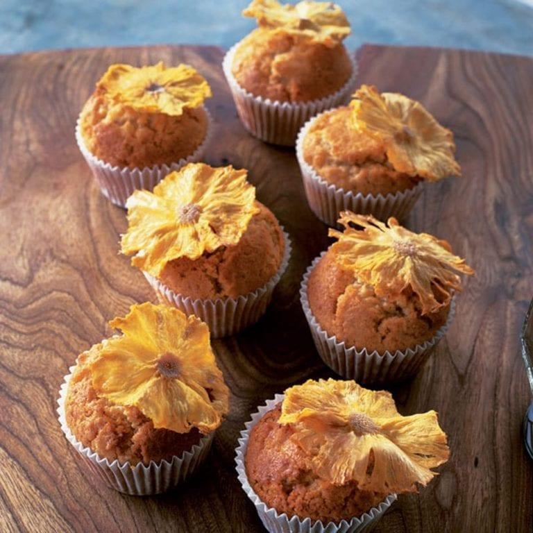 Pineapple cream cheese muffins